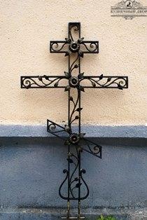 Крест кованый -13