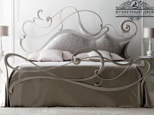 Кровать кованая КРГК-6